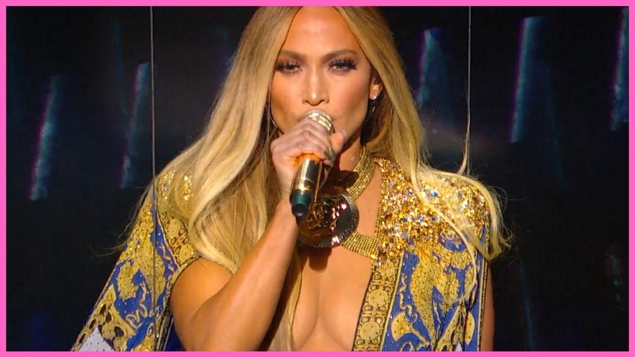 Jennifer Lopez is Sued for Using Photo on Instagram