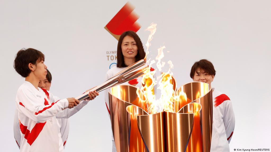 The Olympic flame started today the 121-day trip in Japan to Tokyo