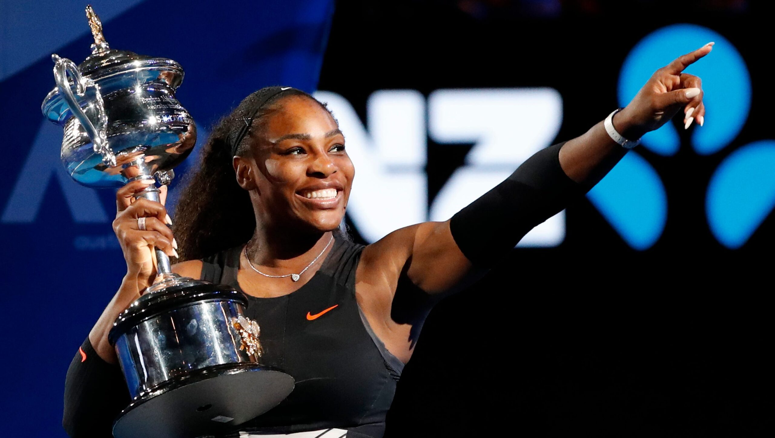 Serena Williams breaks record with 23rd Grand Slam