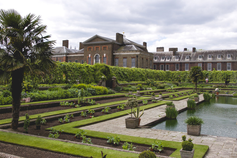 The sculpture stands in the Sunken Garden of Kensington Palace
