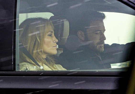 Ben Affleck proposed to Jennifer Lopez