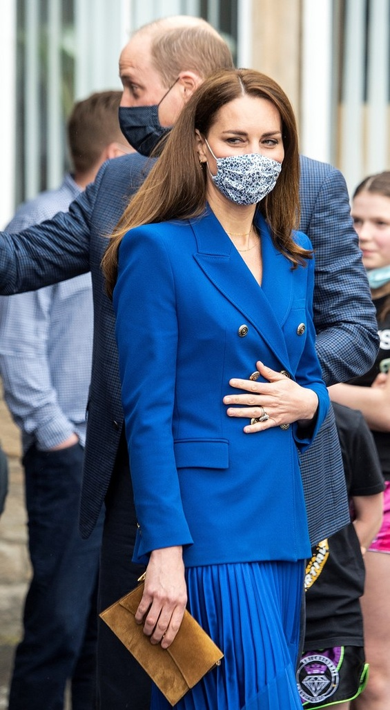 Kate Middleton in Royal blue styling inspired by Princess Diana
