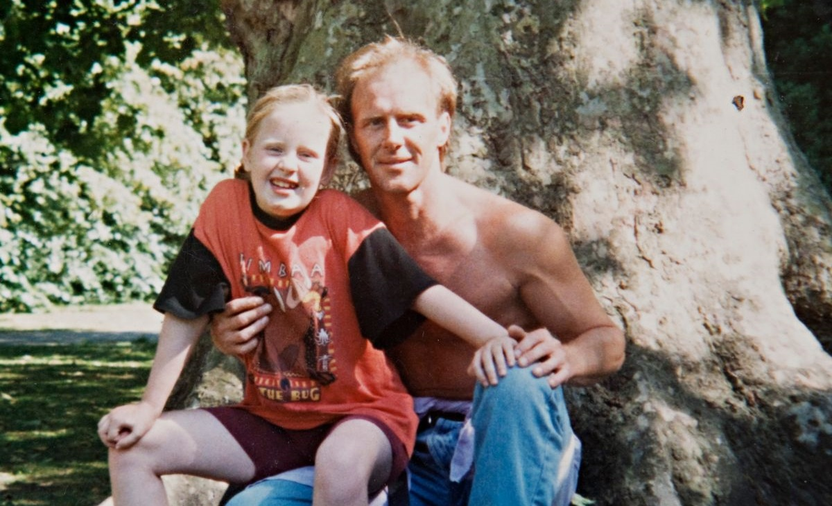 Adele suffered a loss that nothing can compensate for - Leaving without a chance to forgive Adele's father died Adele with her father Mark Evans