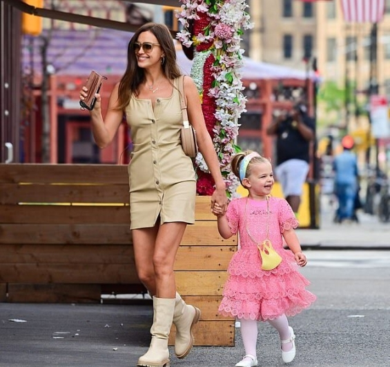 Parents above all: Irina Shayk and Bradley Cooper with daughter Lea in New York
