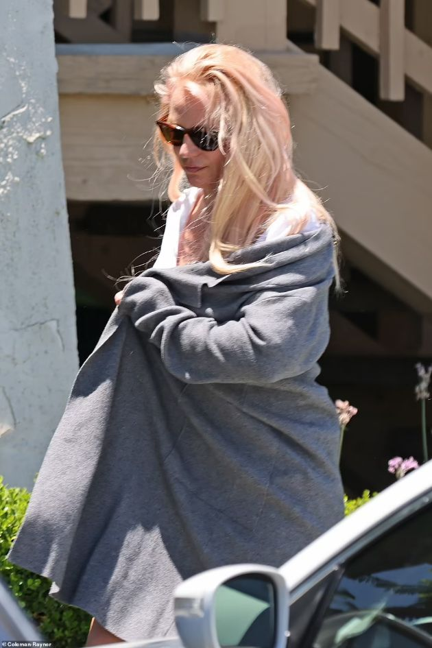 """Britney Spears finally spoke up: """"I'm sorry for lying that I've been fine for the last two years - I'm not well"""""""