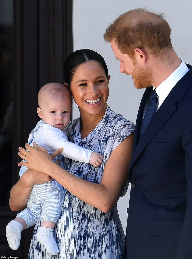 Meghan Markle and Prince Harry have a daughter - Named in honor of Diana and Queen Elizabeth