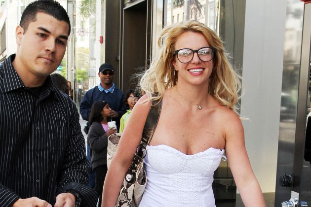 """Britney's former bodyguard reveals details: """"She was given heavy medication that made her unreasonable, she didn't take a bath for days"""""""