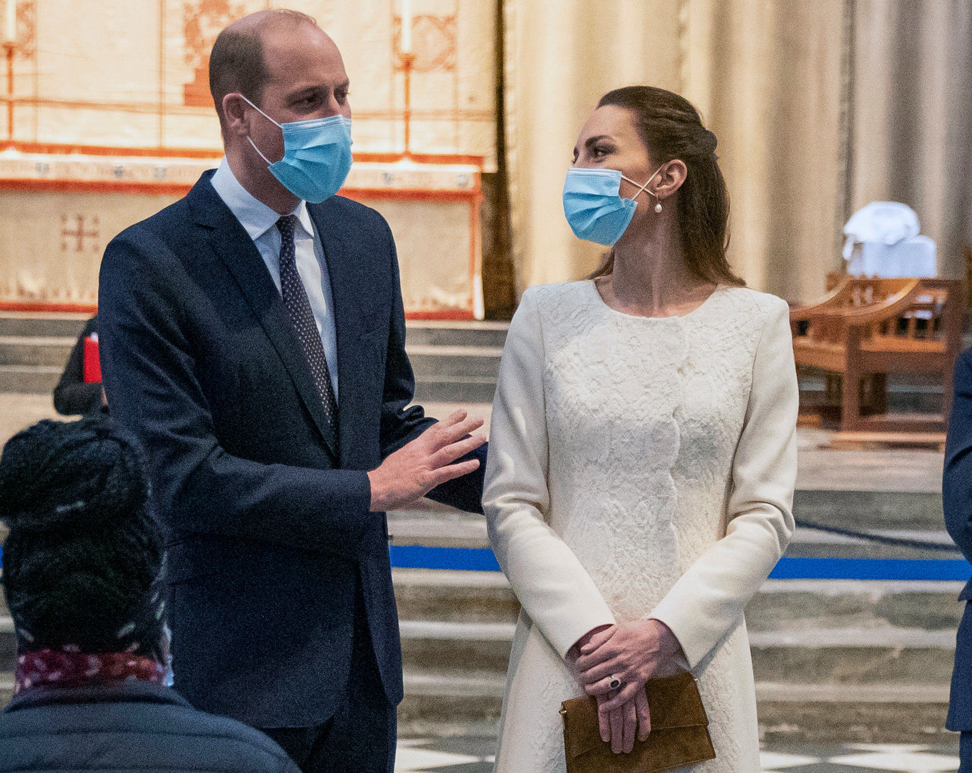 Catherine, Duchess of Cambridge in self-isolation - She had contact with an infected person